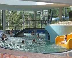 Hallen-Solebad im Kurzentrum Cliner Quelle