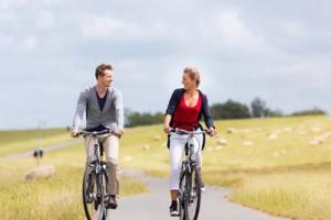 Fahrradfahren auf dem Deich